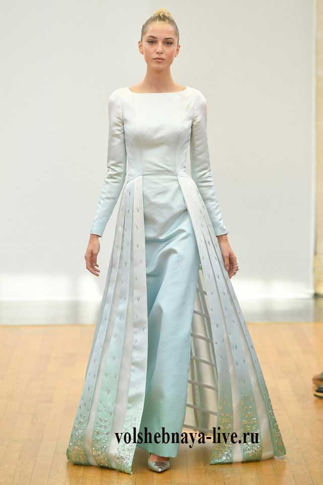 Красивое платье ментолового цвета
