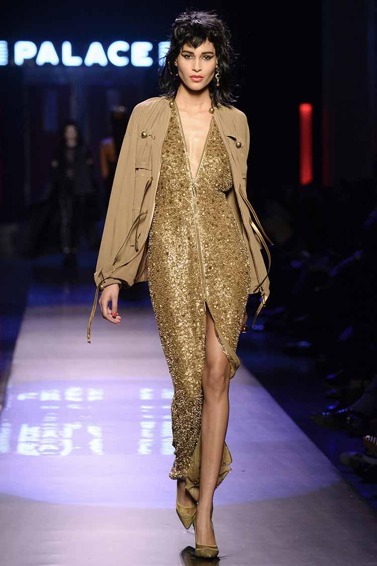 Красивое золотое платье