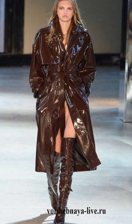 Alexandre Vauthier Haute Couture. Лаковый плащ, цвета горячий шоколад