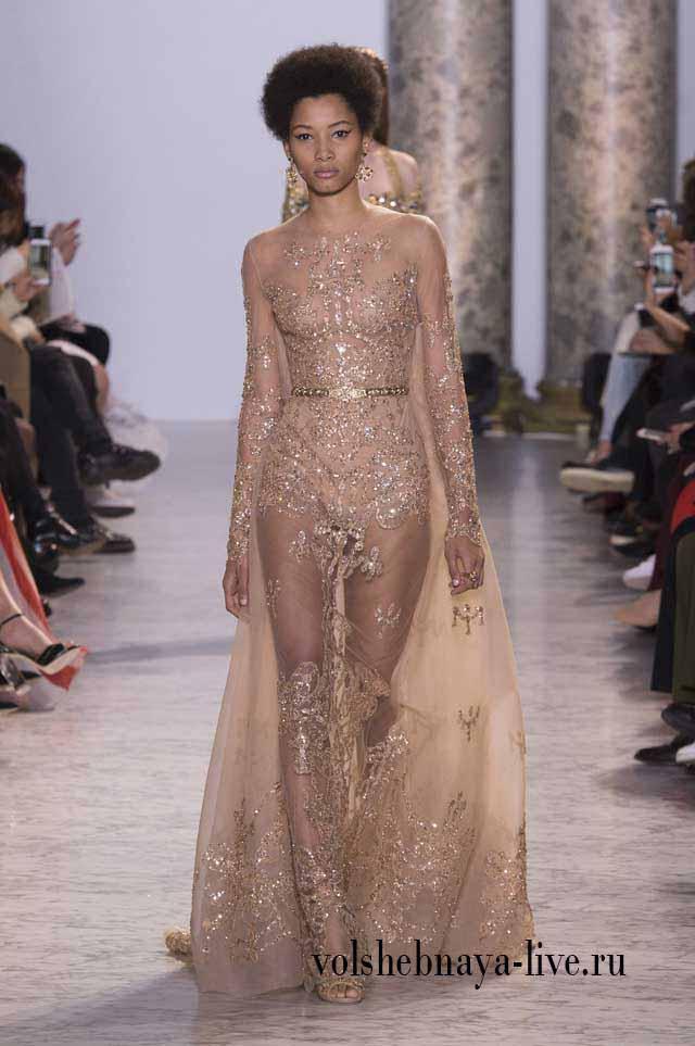 Полупрозрачное золотое платье Эли Сааб