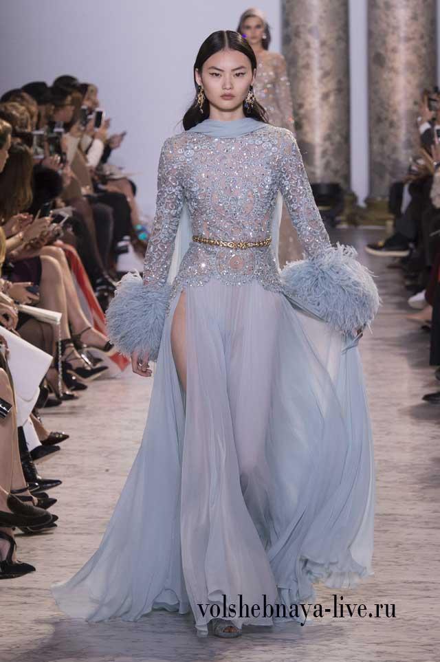 Нежно голубое, вечерне платье в мерцании стаз и шифоновой юбкой