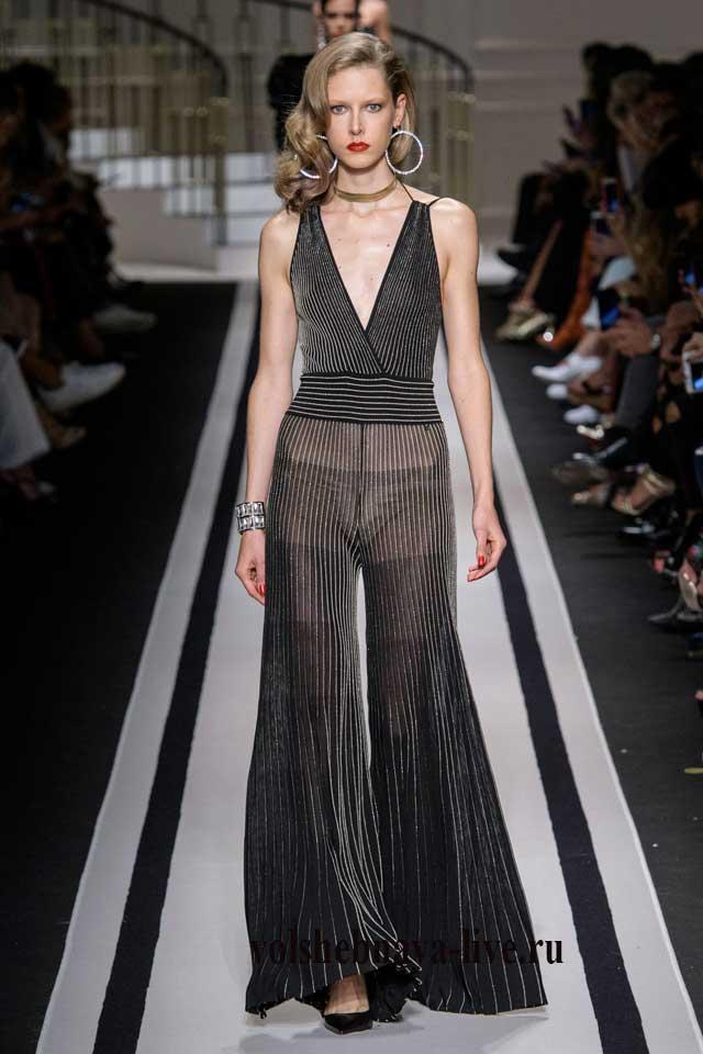 Elisabetta Franchi весна 2017 прозрачные расклешонные брюки