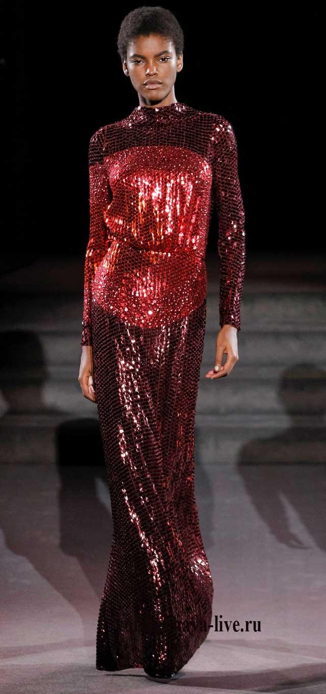 Длинное прямое платье Том Форд зима 2018, красного цвета