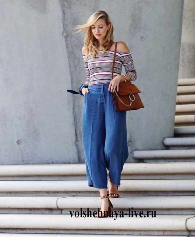 Образ с джинсами кюлотами и полосатой кофтой