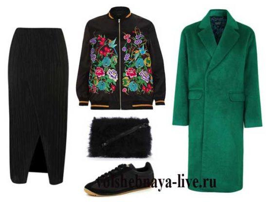 Пальто кокон изумрудного цвета в образе с бархатной юбкой