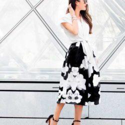 С чем носить летнюю черно белую юбку с цветами