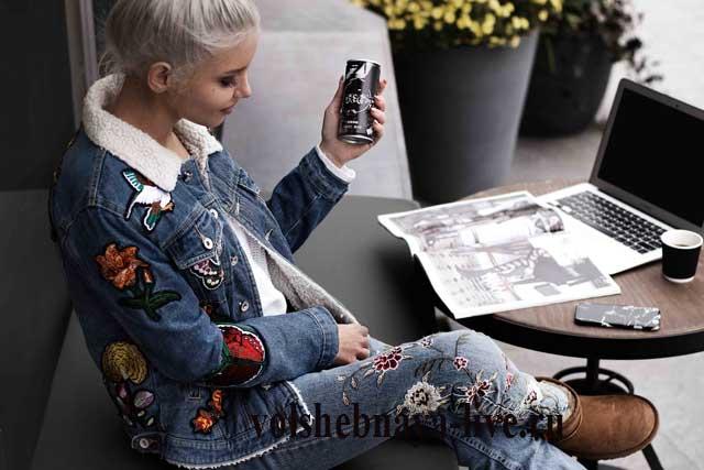 Утепленная джинсовая куртка с вышивкой