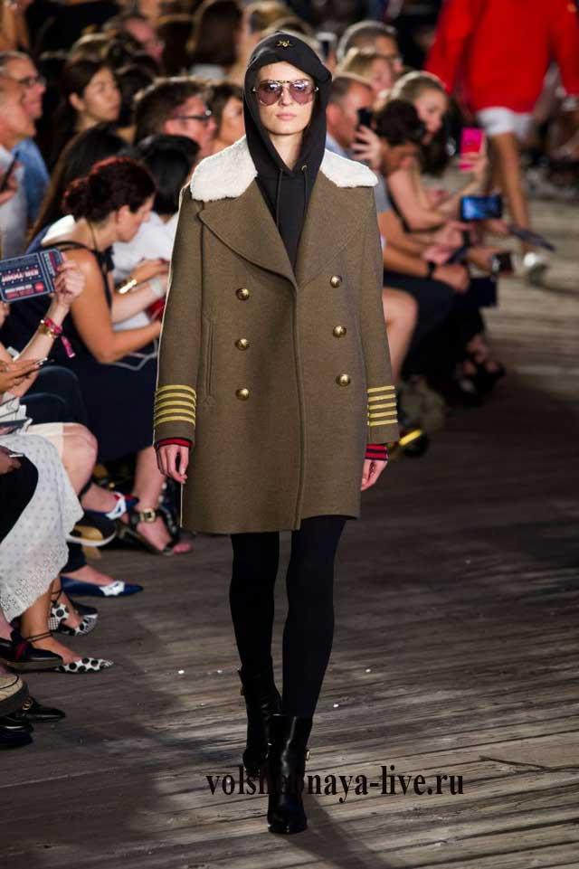 Пальто цвета хаки Томми Хилфигер