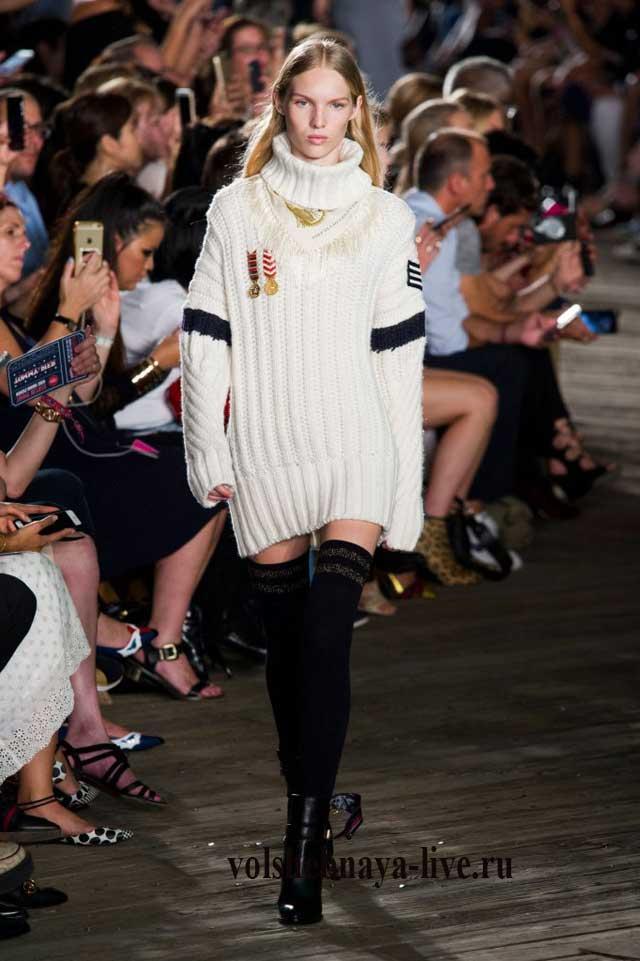 Белый свитер оверсайз Tommy Hilfiger fashion show fall 2016