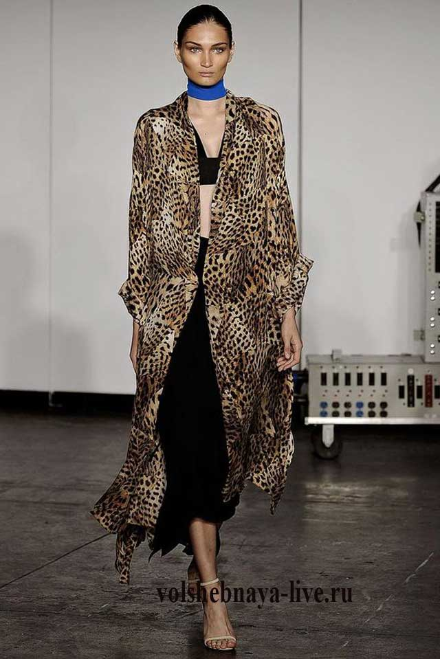 Леопардовое пальто к вечернему платью