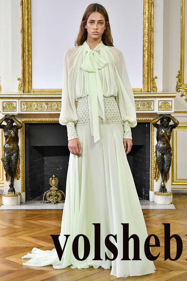 молочное платье в пол в русском стиле