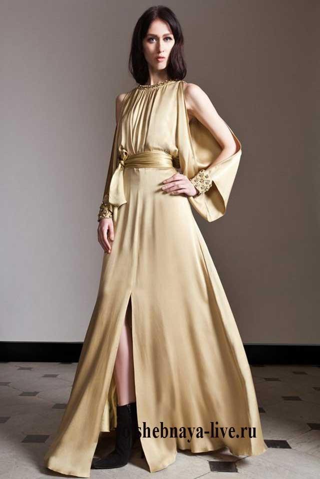 Бежевое платье в пол из шелка