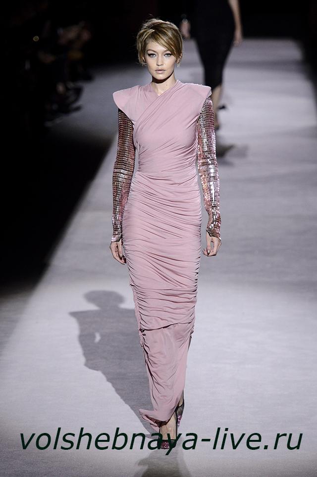 Tom Ford 2018 розовое платье в пол