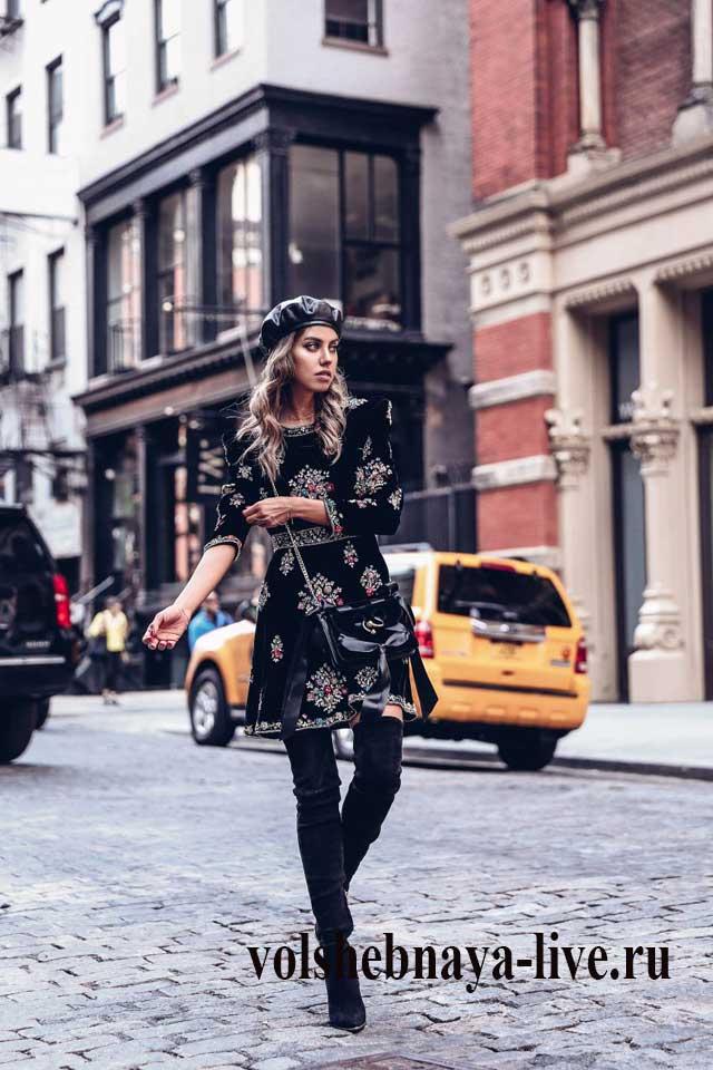 Annabelle Fleur в черном бархатном платье