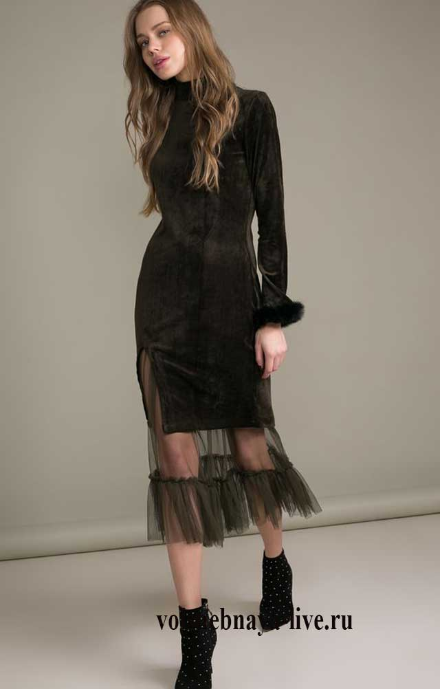 Бархатно кружевное платье