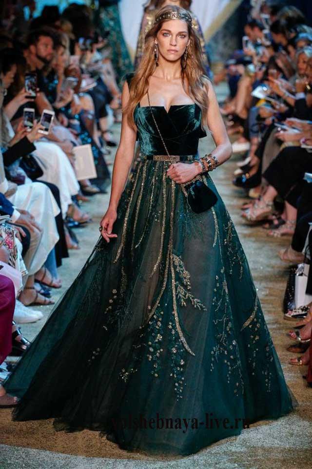 Корсетное бархатное платье