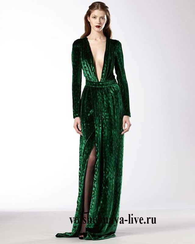 Зеленое платье из бархата макси