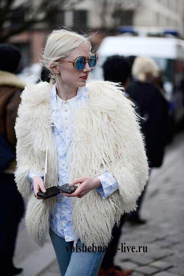 Белая шуба уличная мода