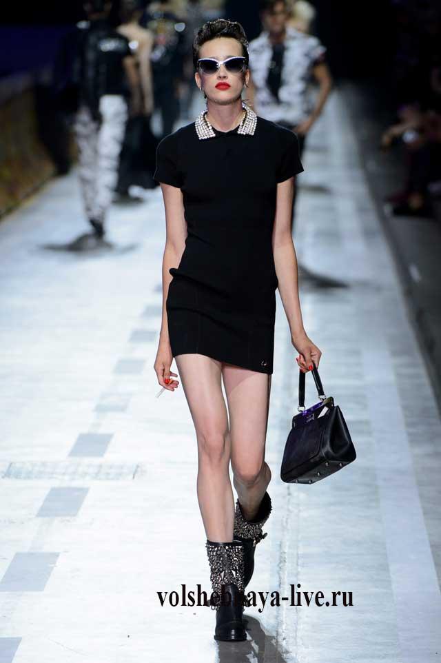 короткое платье черного цвета
