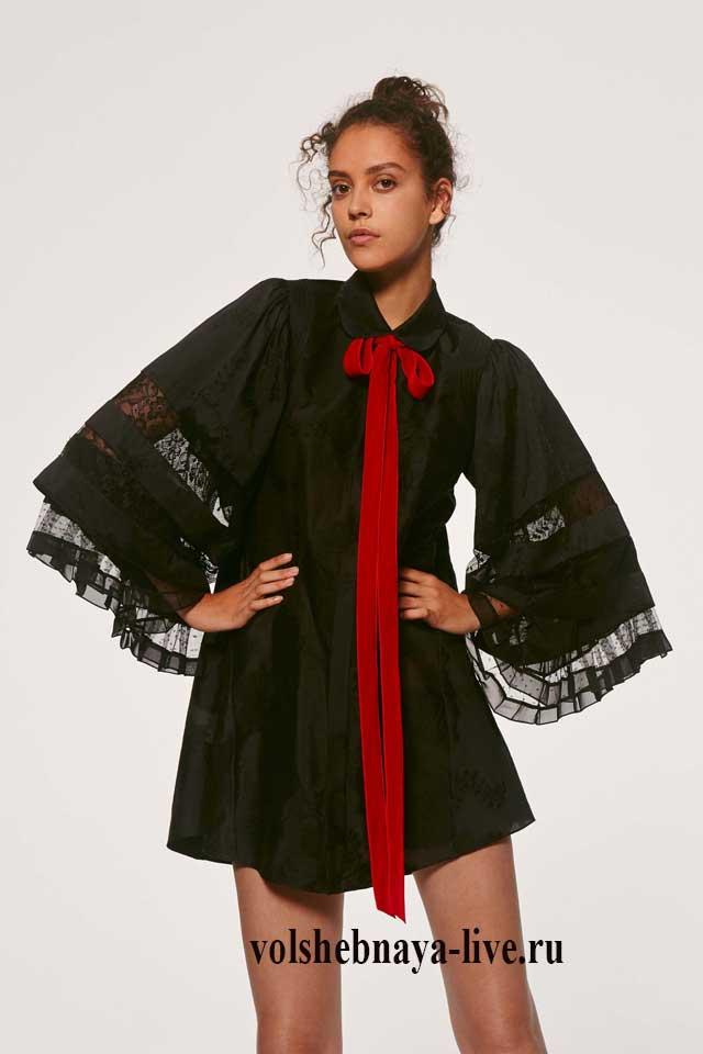 Платье с рукавами кимоно с воротником