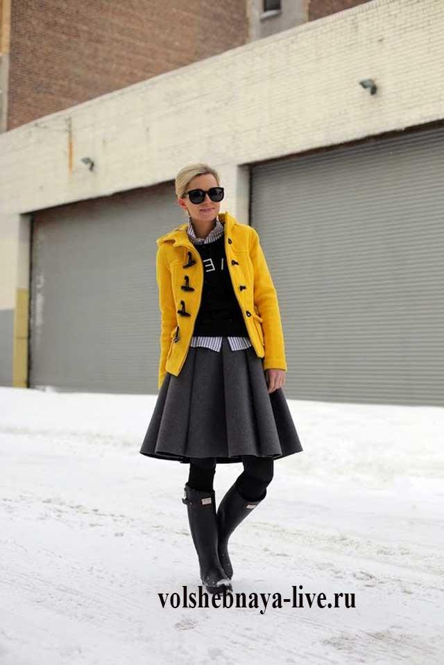 Горчичная куртка из пальтовой ткани
