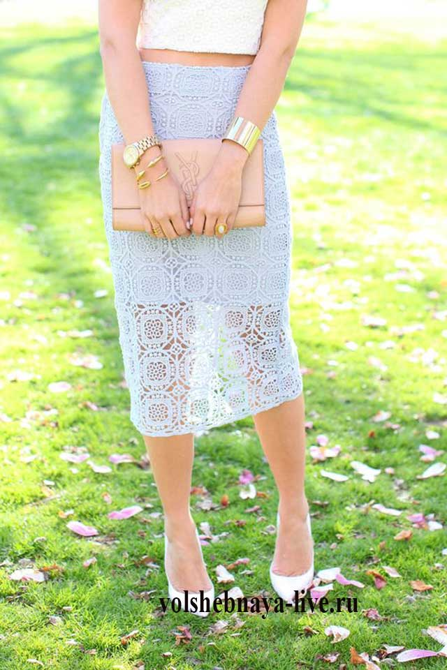 Мятная кружевная юбка футляр