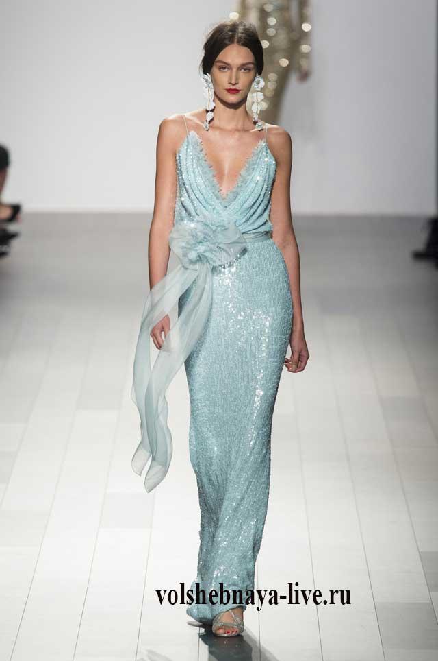 Красивое платье в пол мятного цвета