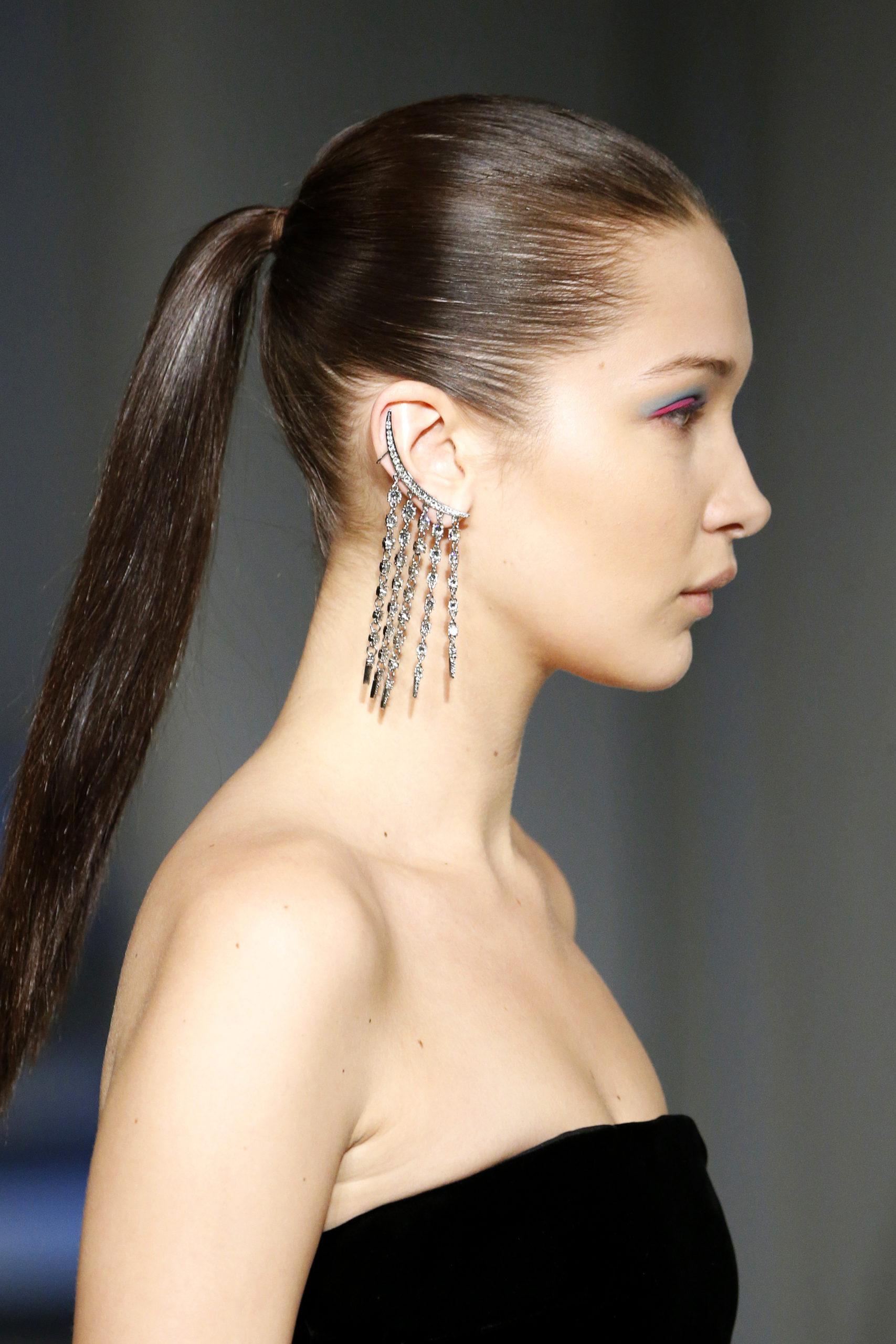 причёска конский хвост женская