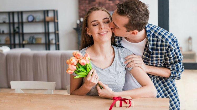 5 советов, как стать женщиной, которой хочется дарить подарки