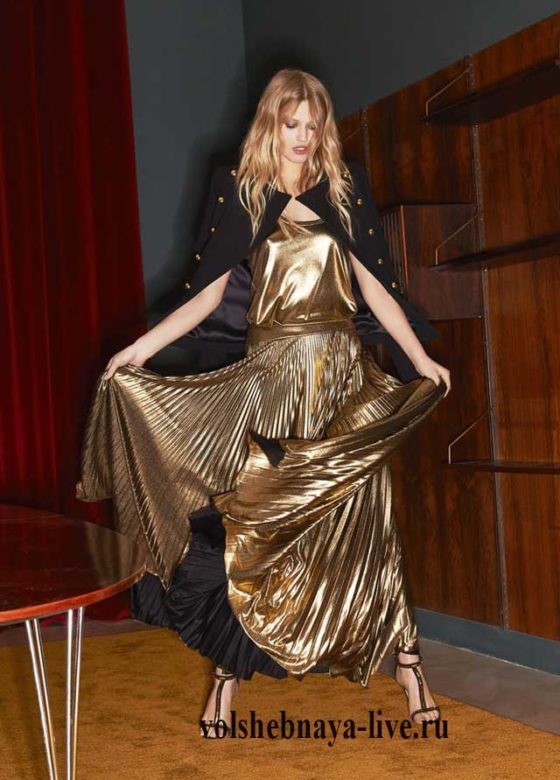 Золотая юбка и пиджак с пуговицами о Александр Вотье, зима 2017
