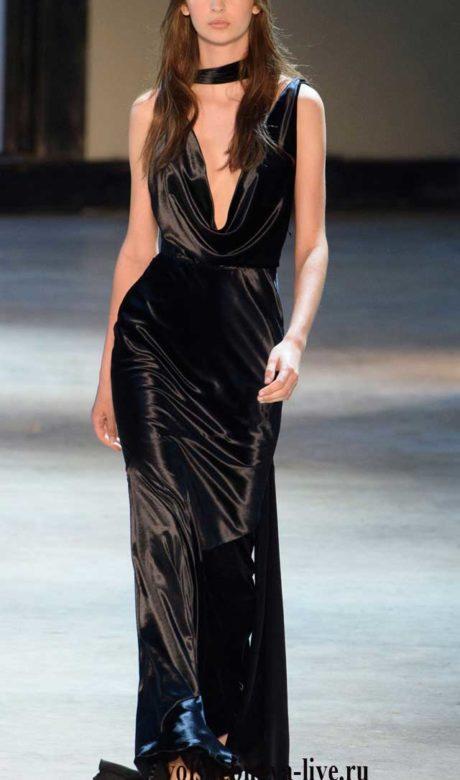 Платье вечернее в пол с декольте, фасона «Качели».