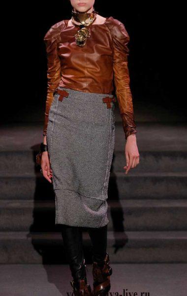 Шикарный комплект с блузой из кожи Tom Ford