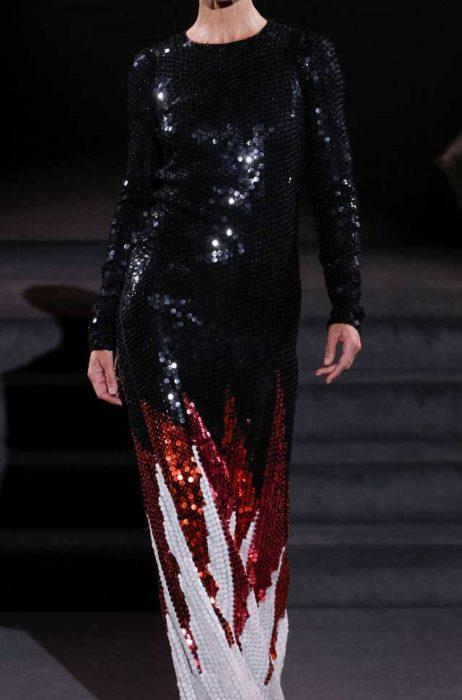 Потрясающее платье в паетках черного цвета в пол от Том Форд