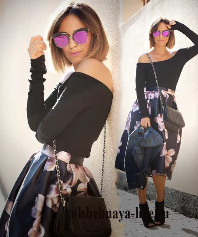 Кофта с открытыми плечами и атласная юбка в цветах