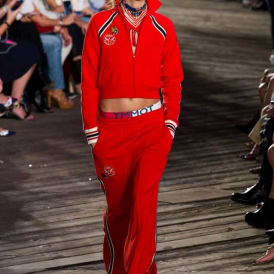 Tommy Hilfiger Красный спортивный костюм осень -зима 2016-2017