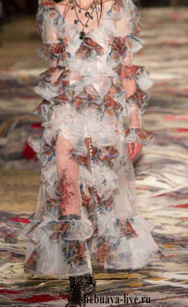 Платье из серого шифона с цветочным принтом Маккуин