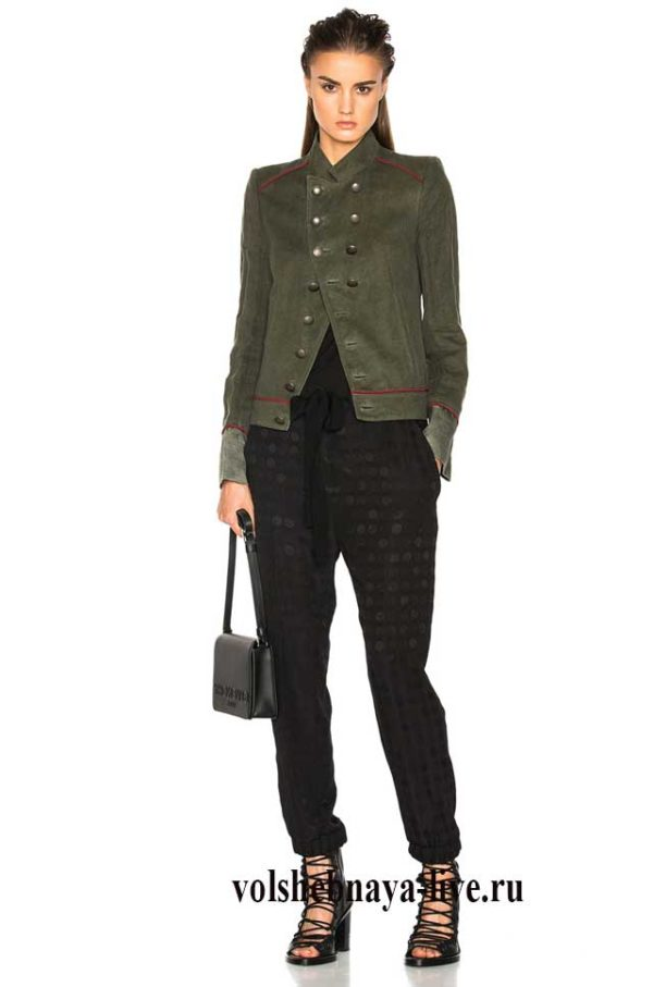 Пиджак хаки жнский с черными брюками