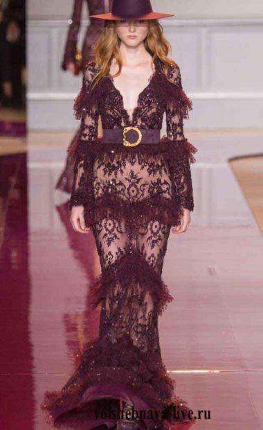 Темно-бордовое платье из прозрачного кружева в пол с рюшами по юбке