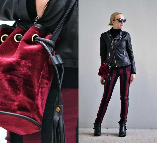 Сочетание бордовых брюки и черной кожанки