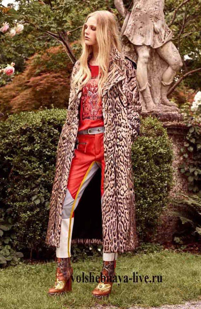 Пальто в леопардовой расцветке Roberto  Cavalli 2017