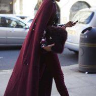 Бордовое пальто- стильный козырь для модных образов