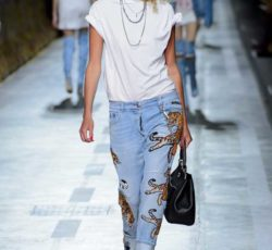 Джинсы бойфренды женские с чем носить- какие луки и сочетания в тренде, фото модных блогеров и образы с модных показов